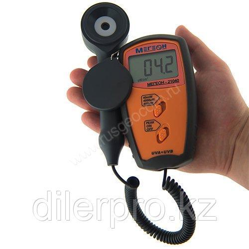 Измеритель ультрофиолетового излучения МЕГЕОН 21040