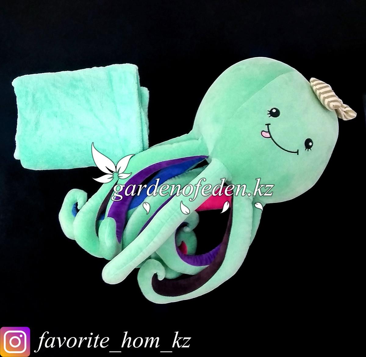 """Мягкая игрушка-подушка с пледом """"Осьминог"""". Цвет: Бирюзовый. Материал: Бархат/Плюш."""