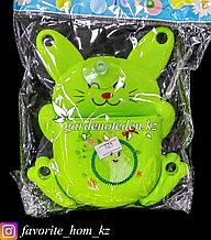 """Держатель для для зубных щеток/пасты, настенный """"Заяц"""". Материал: Пластик. Цвет: Зеленый."""