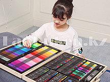 Набор для рисования Are Set 251 piece фломастеры мелки карандаши краски