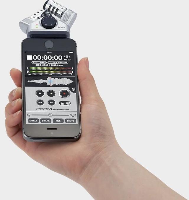 Внешний микрофон для смартфона на iOS Zoom iQ6