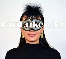 Венецианская карнавальная маска с перьями серая
