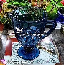 Кувшин из цветного стекла. Цвет: Синий/Полупрозрачный.