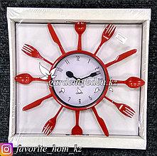 Часы настенные, на батарейках, с декором. Размер: d=30.