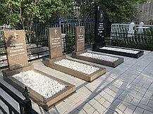 Укладка тротуарной плитке на могиле - благоустройство захоронений, фото 2