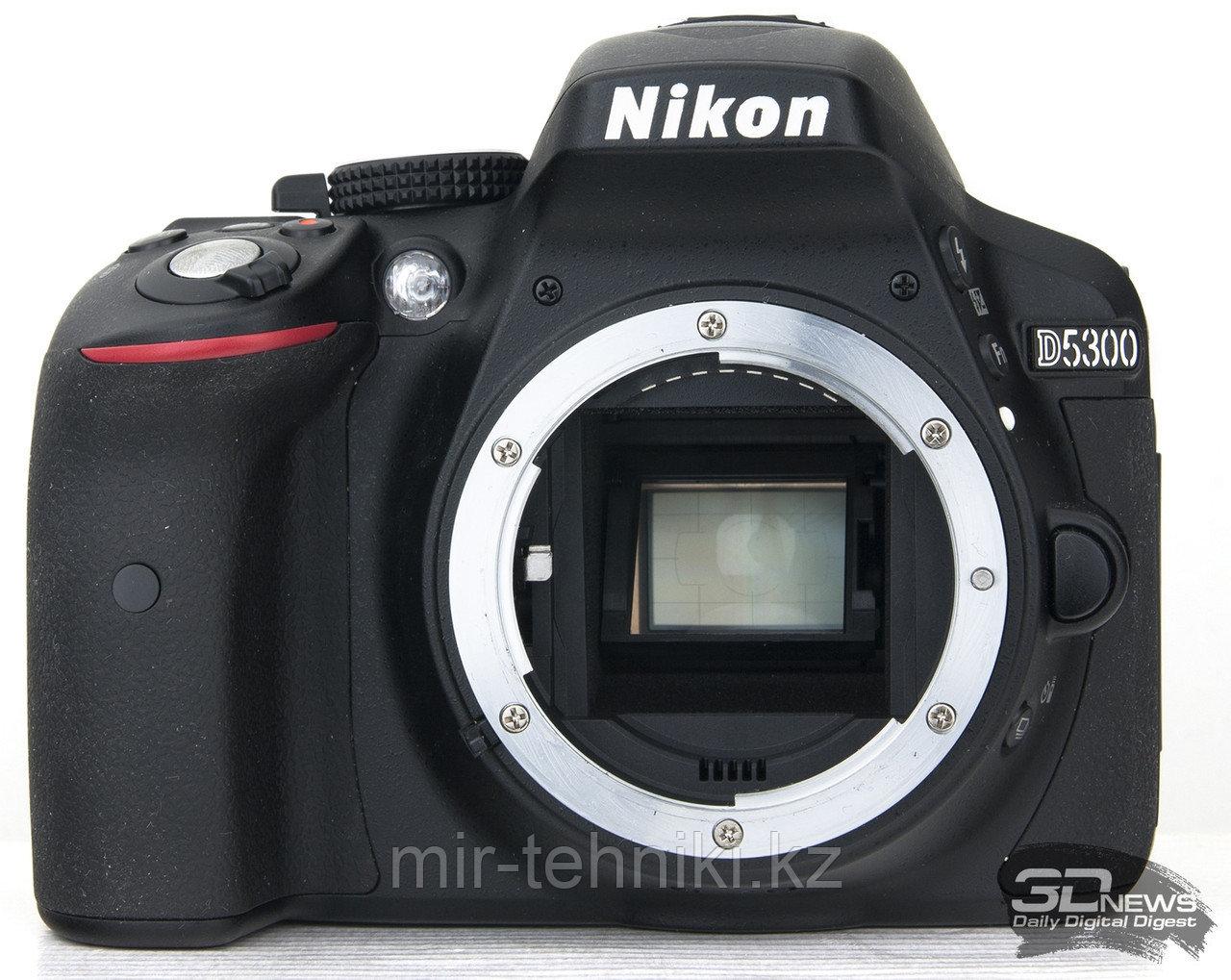 Фотоаппарат Nikon D5300 Body + Батарейный блок