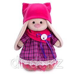 Зайка Ми в платье со снудом и шапкой