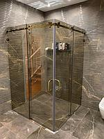 Реконструкция ванной комнаты с витражным окном. Размер = 4,3 х 3,8 х 3,3 м. Адрес: г. Иссык. 2
