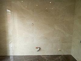 Реконструкция ванной комнаты с витражным окном. Размер = 4,3 х 3,8 х 3,3 м. Адрес: г. Иссык. 14