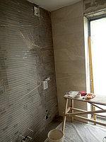 Реконструкция ванной комнаты с витражным окном. Размер = 4,3 х 3,8 х 3,3 м. Адрес: г. Иссык. 16