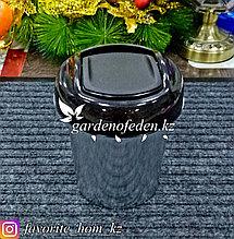 Контейнер для мусора, с декором. Материал: Пластик. Цвет: Черный. Объем: 1л.