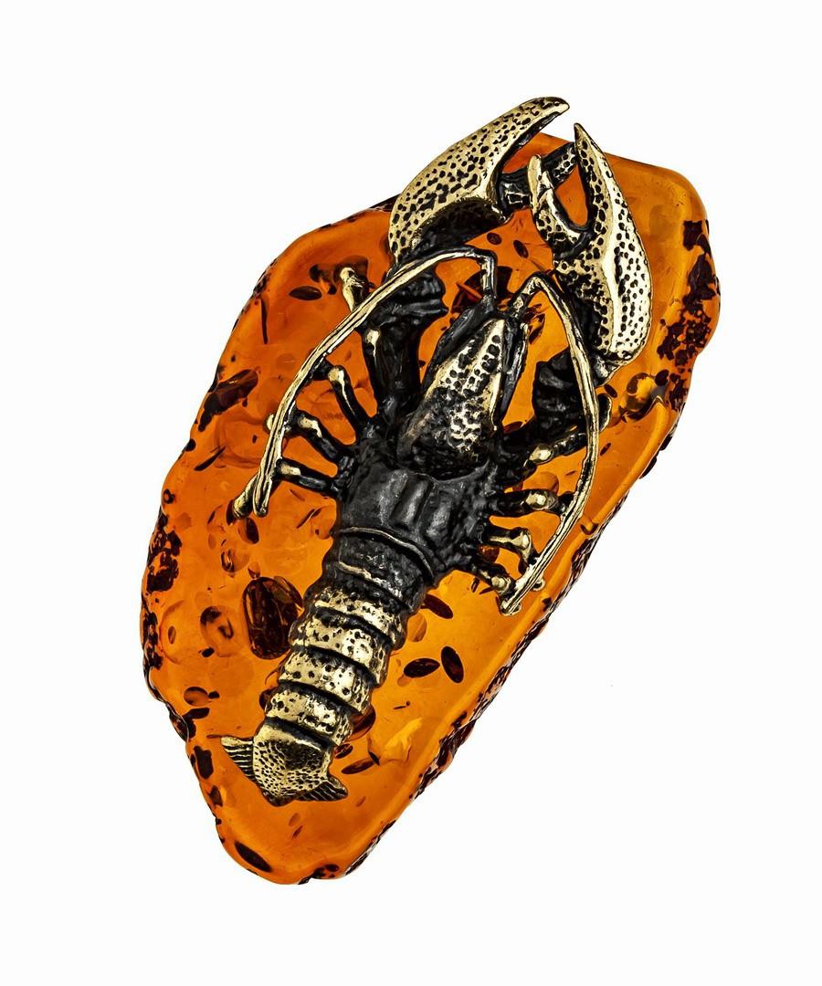 Фигурка знак зодиака Рак. Сувениры из янтаря, ручная работа