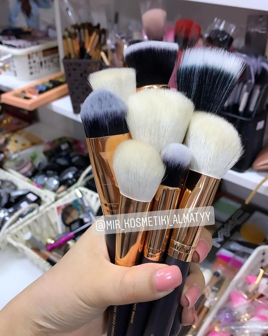 Кисти для макияжа от Zoeva