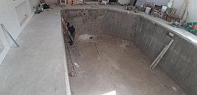 Скиммерный бассейн. Размер = 11,5 х 4,5 х 1,5-2,0 м. Адрес: г. Алматы, ул. Жамакаева. 40