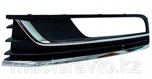 Оправа накладка туманки Решетка в бампер LH Comfortline VW Passat B7 11- NEW