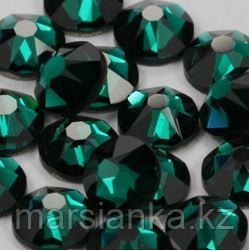 "Swarovski Emerald из ""Мегамикс №1"", 90шт"