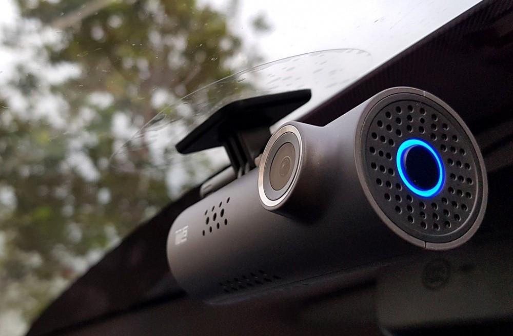 Видеорегистратор Xiaomi 70 Minutes Smart 1S
