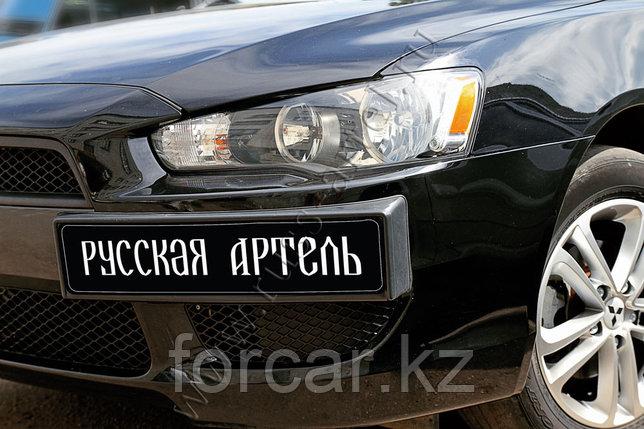 Накладка под номерной знак боковая Mitsubishi Lancer X 2007-2010, фото 2
