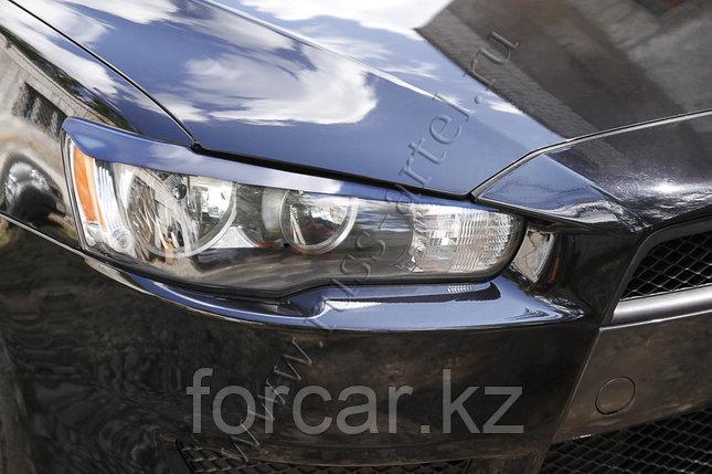Накладки на передние фары  Mitsubishi Lancer X 2011-, фото 2