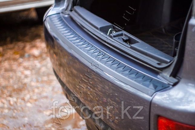 Накладка на задний бампер Mitsubishi Outlander 2007-2010, фото 2