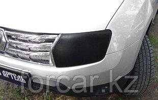 Накладки на передние фары для самостоятельного изготовления ресничек Renault Duster 2010-