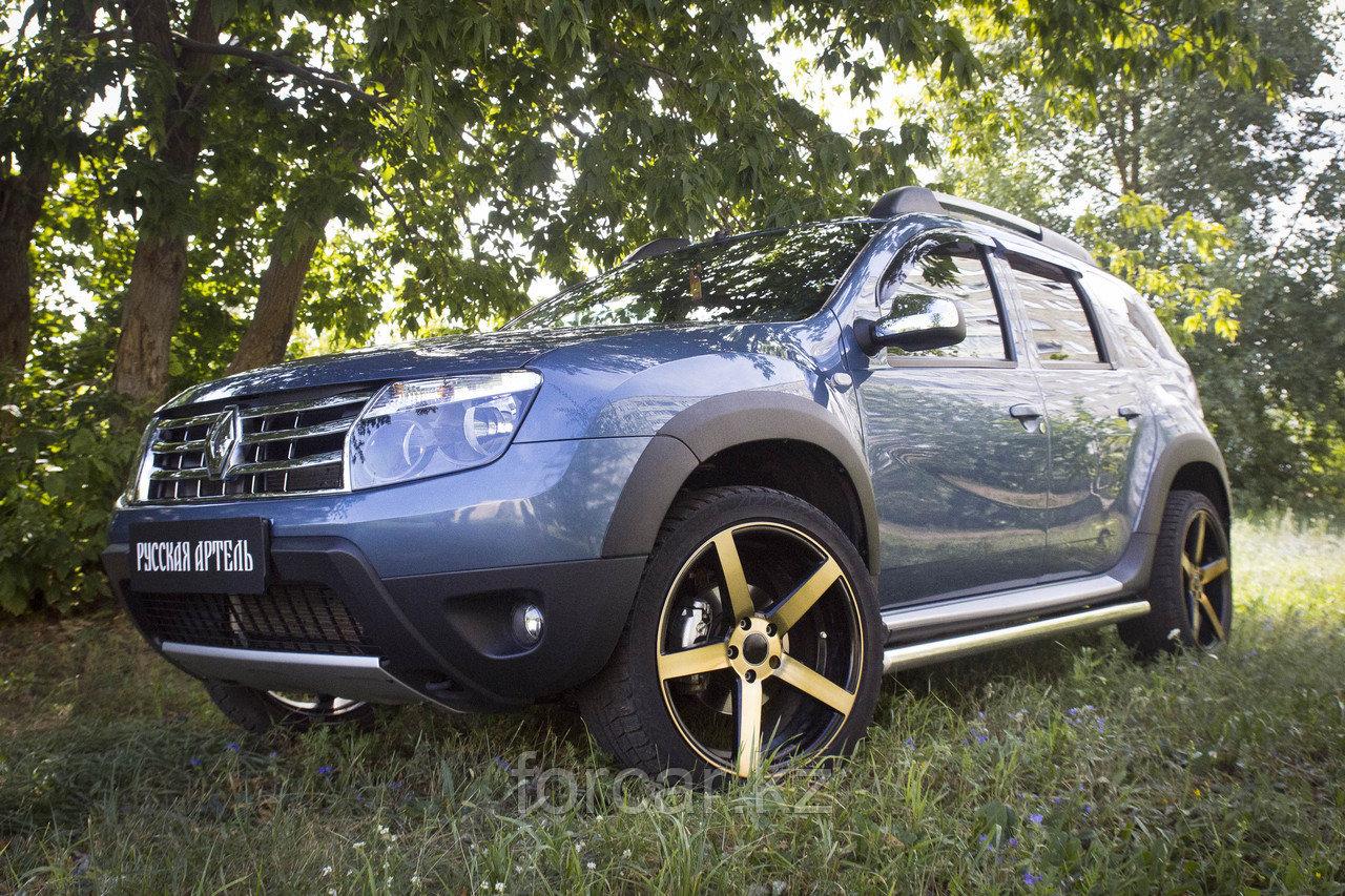 Накладки на колёсные арки Renault Duster 2010-