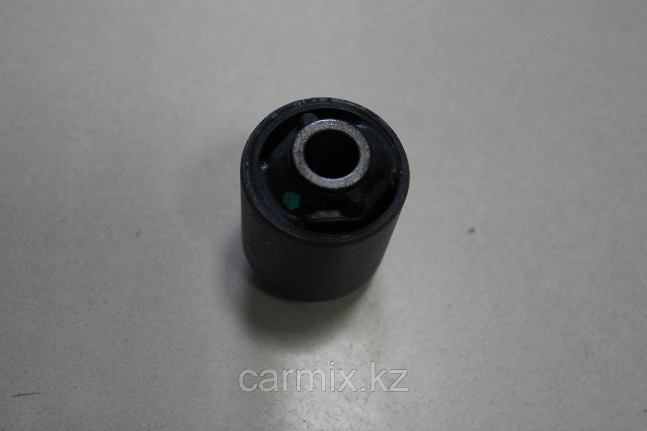 Сайлентблок задней продольной тяги RX300 MCU15, HIGHLANDER MCU25, CAMRY ACV40
