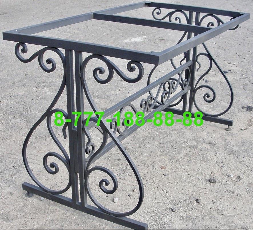 Столы и скамейки на кладбище №16