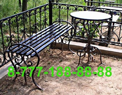 Столы и скамейки на кладбище №24