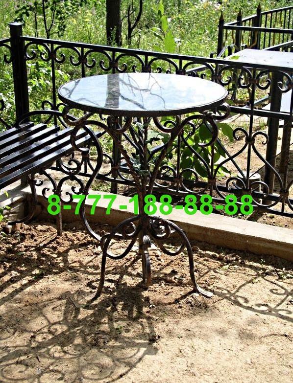 Столы и скамейки на кладбище №27