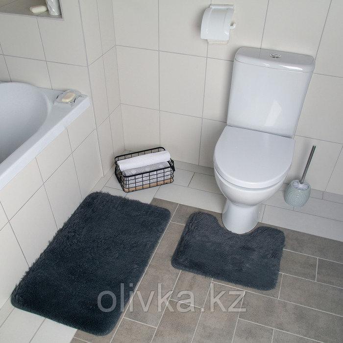 Набор ковриков для ванны и туалета «Курьёз», 2 шт: 40×50, 50×80 см, цвет серый