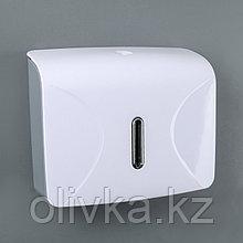 Диспенсер для бумажных полотенец в листах, пластик белый