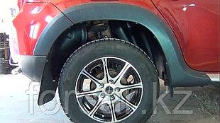 Подкрылки задние Renault Duster 2010-