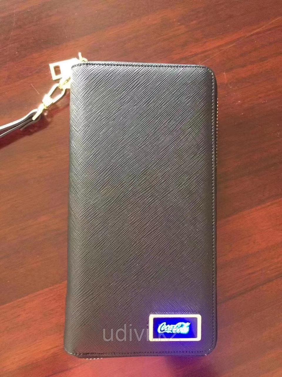 Кошелек с зарядкой для телефона и LED панелью