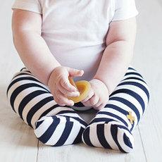 Ползунки и штаны для новорожденных