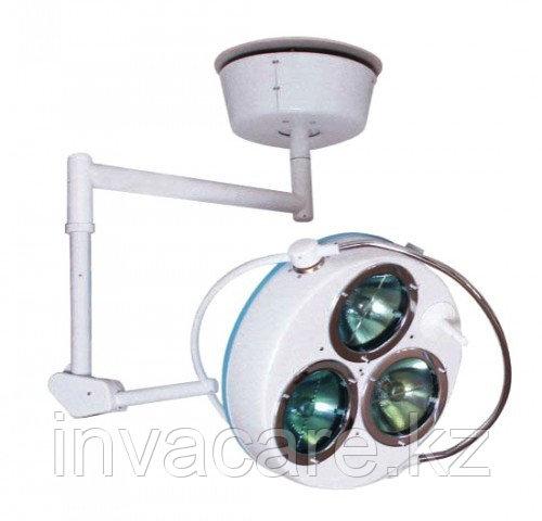 Светильник хирургический стационарный регулирующийся с аварийным питанием 3-х рефлекторный (СРА-3)