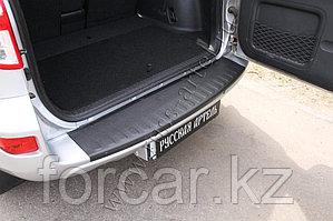 Накладка на задний бампер Toyota Rav4 2011-2012