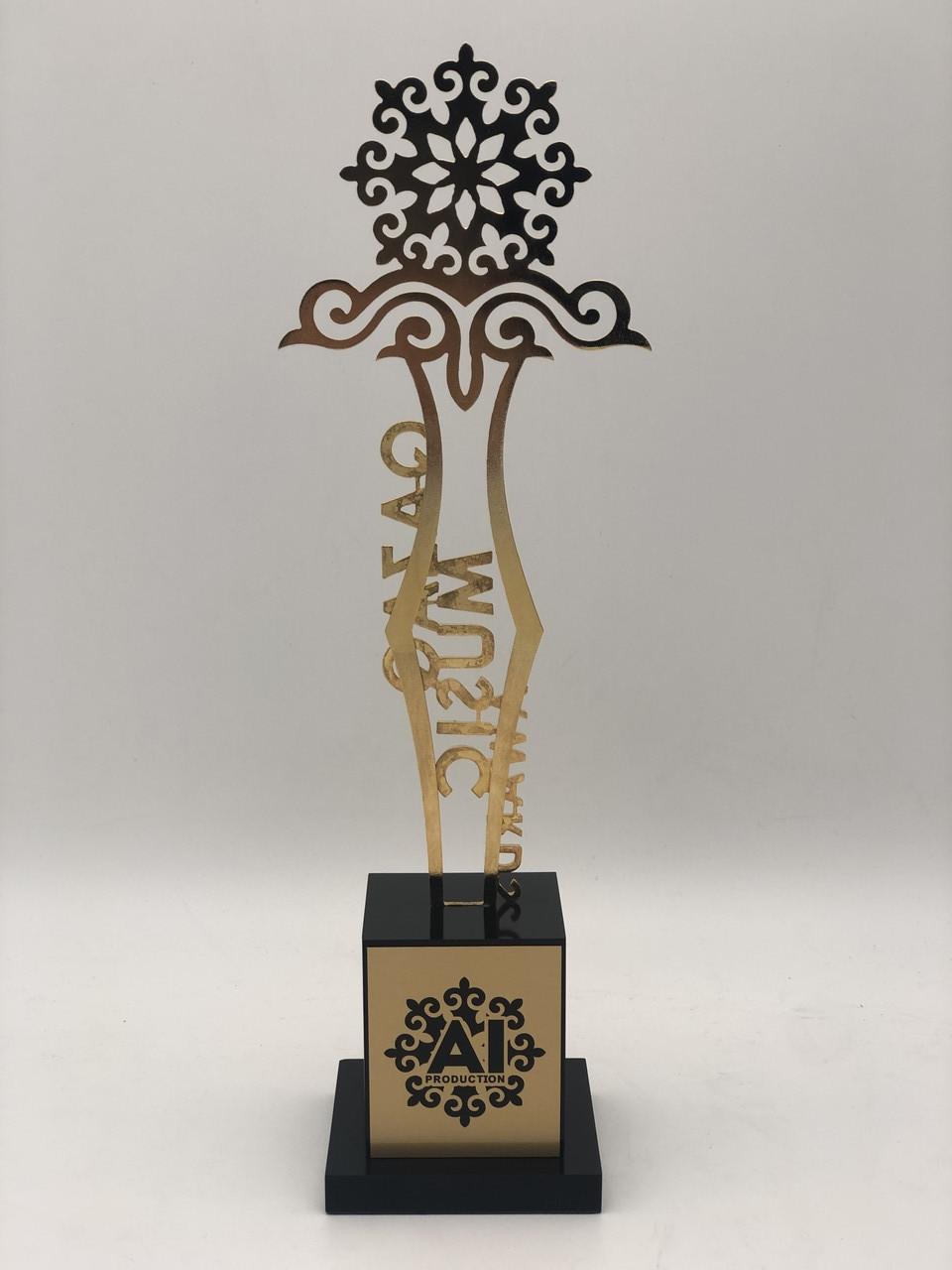Наградные статуэтки с индивидуальным дизайном