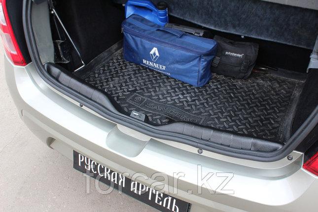 Накладка на порожек багажника Renault Sandero 2009-2013, фото 2