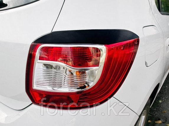 Накладки на задние фонари (реснички) Renault Sandero 2014-, фото 2