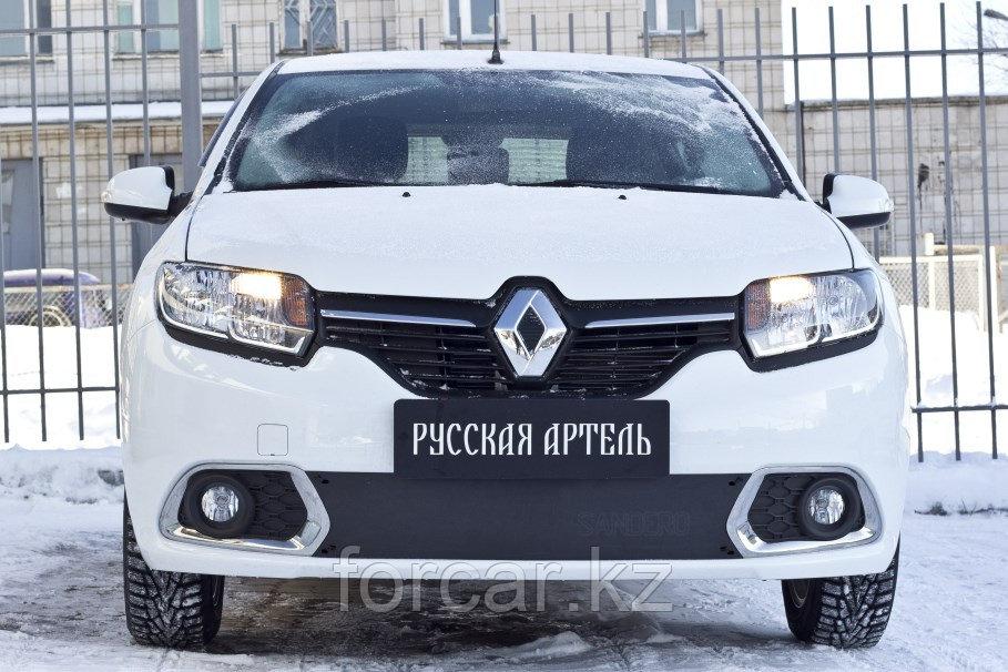 Зимняя заглушка решетки переднего бампера Renault Sandero 2014-