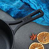 """Сковорода чугунная """"МОНОЛИТ"""" с литой ручкой, 240 х 60 мм, ТМ BRIZOLL, фото 4"""