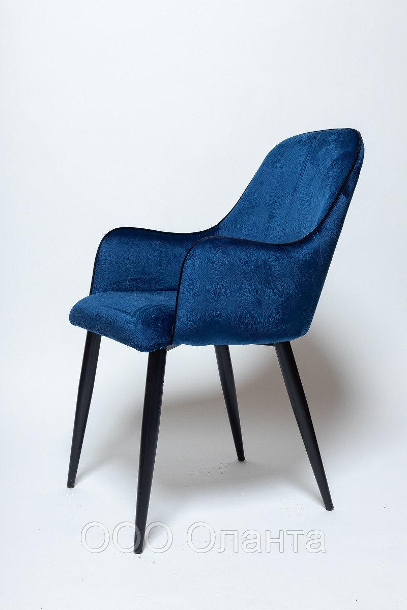 Стул-кресло со спинкой HDC007