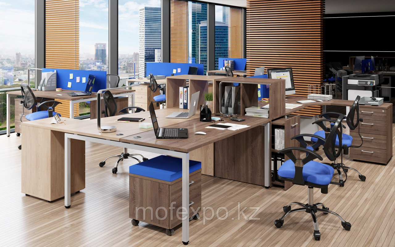 Офисные столы на металлических опорах