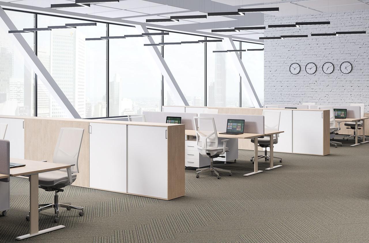 Офисные столы белые