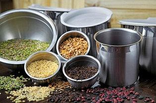 Емкости кухонные стальные для хранения пищевых продуктов