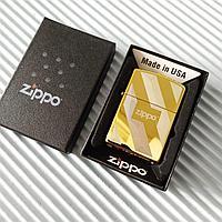 """Зажигалка """"Zippo"""" золотистая с узорами, в подарочной коробке., фото 1"""