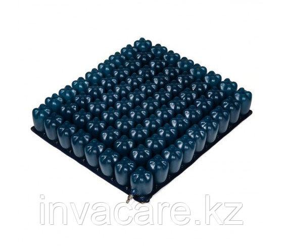 Противопролежневая подушка COMFY, пневматическая, 40х40х8 см, с чехлом на молнии и насосом