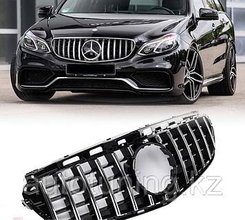 Решетка радиатора GT Style на Mercedes Benz W212 2013-2016 г.