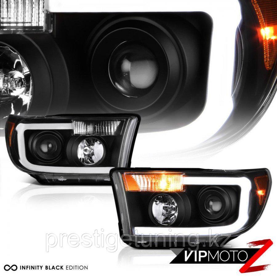 Передние фары черные Toyota Tundra 2007-13 Black Design